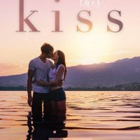 Blog Tour:  Don't Break This Kiss from Top Shelf Romance