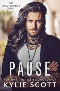 Blog Tour Review:  Pause by Kylie Scott